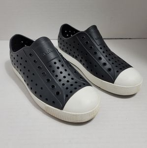 Native Jefferson Big Kids Black White Shell Slip On Shoes 2